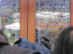 Totoro im Fensterglas